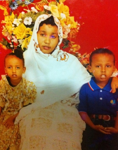 Rahmo, Mohamed, and their mother in Somalia