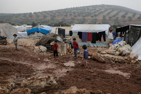Displaced Syrian children in Idlib