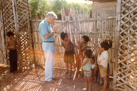 Former IRC chairman with children Thailand