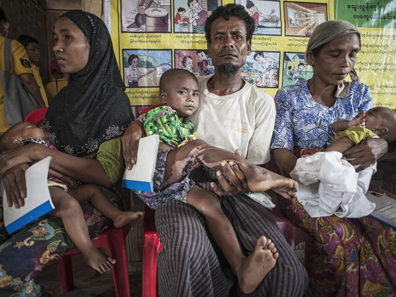 Displaced Rohingya at an IRC health clinic