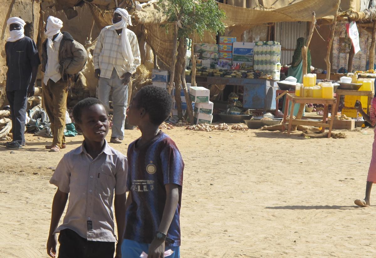 Emergency health care for Darfuri refugees