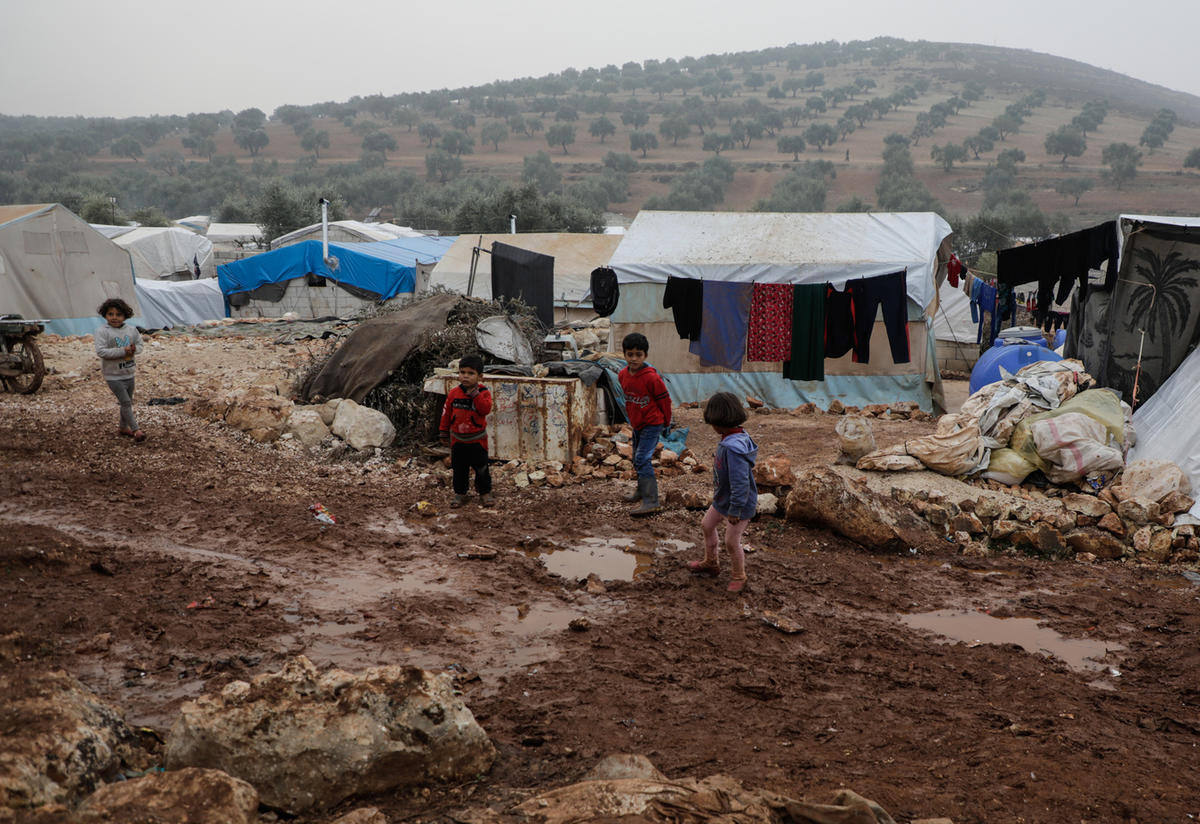 Displaced Syrian children in Idlib