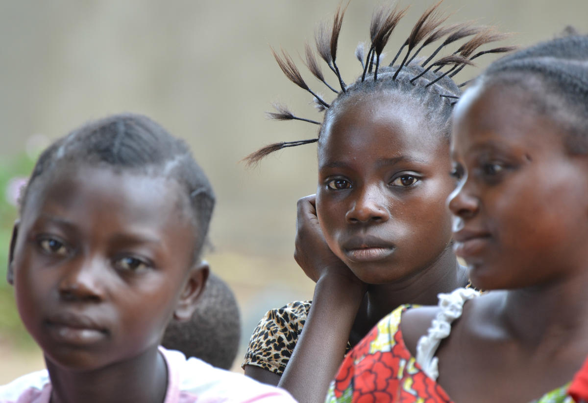 A group of girls in Democratic Republic of Congo