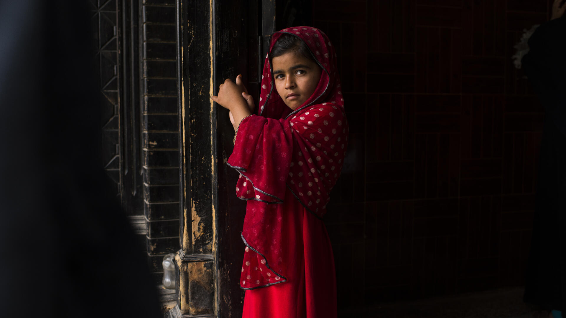 A young Afghan girl in Jalalabad