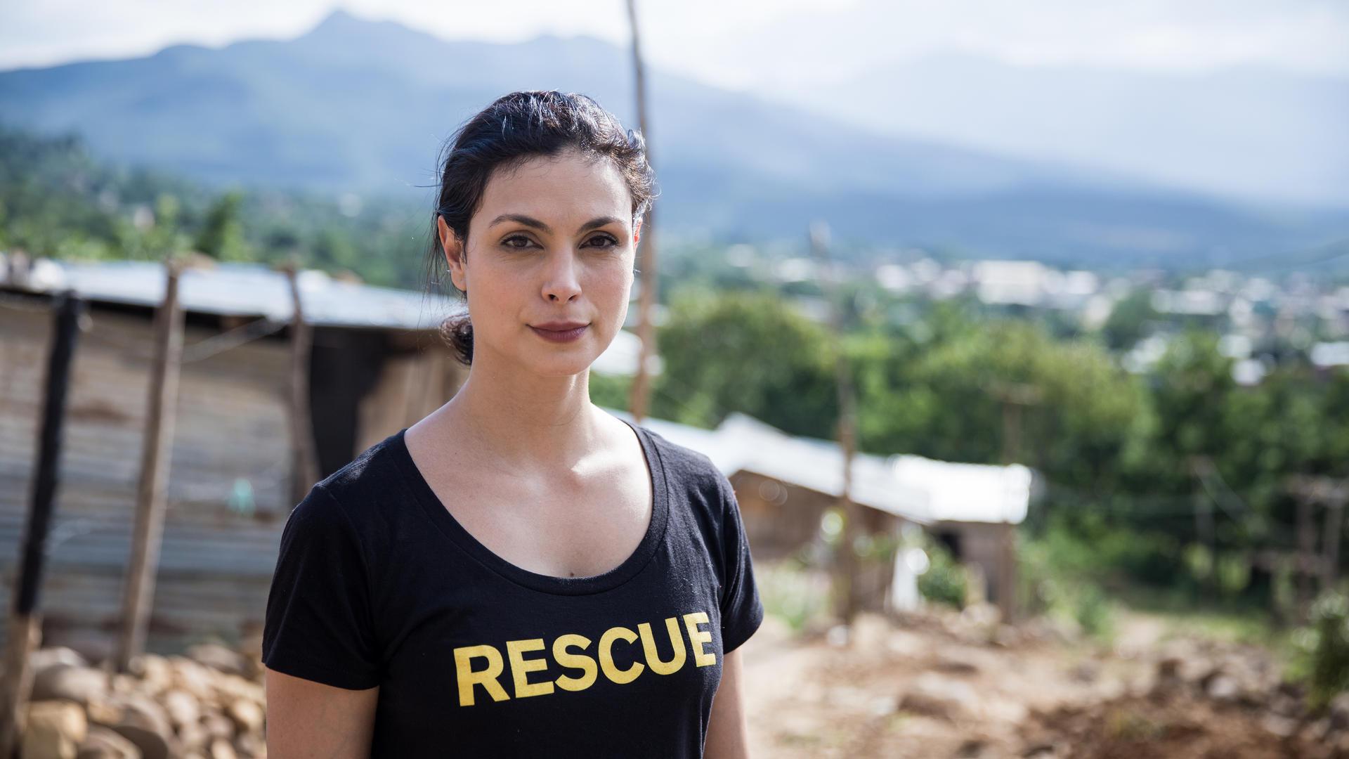 Morena Baccarin in Cucuta, Colombia