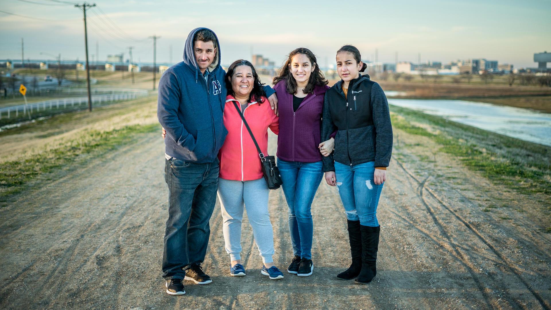 Salvadoran refugee family in Dallas